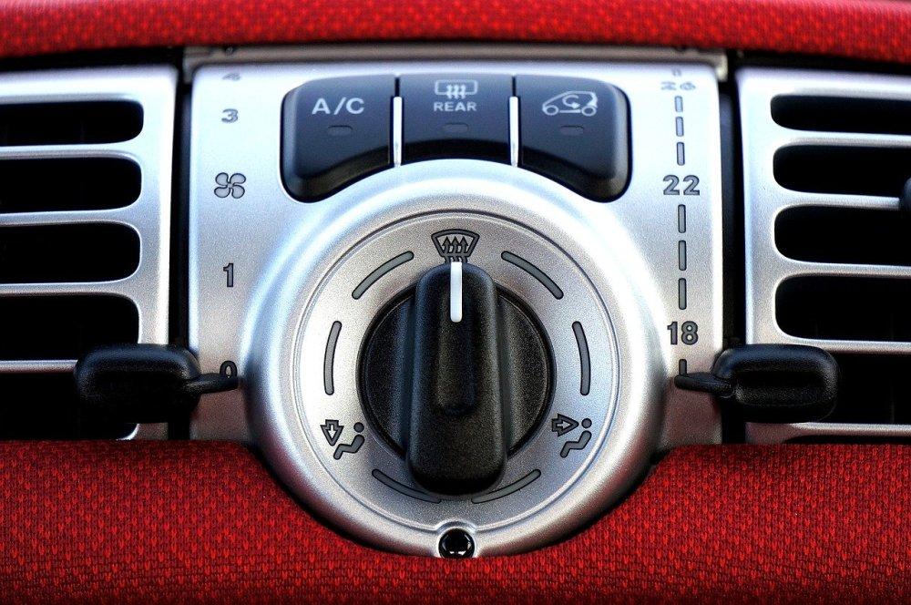 Proverite rad auto klime pre nego počnu vrućine